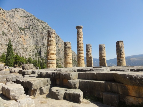 24 septembre: Delphes le sanctuaire d'Apollon