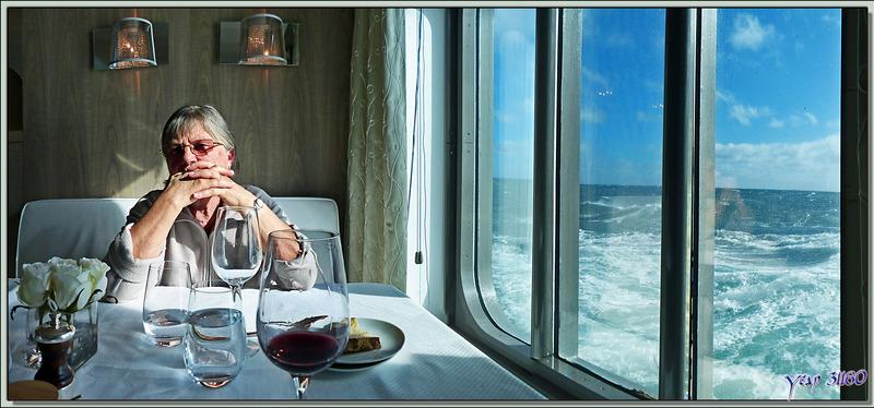 Dernier déjeuner en contemplant l'océan, direction Port Clarence - Détroit de Béring - Alaska