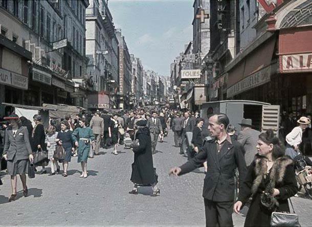 Rue de Belleville, en 1944
