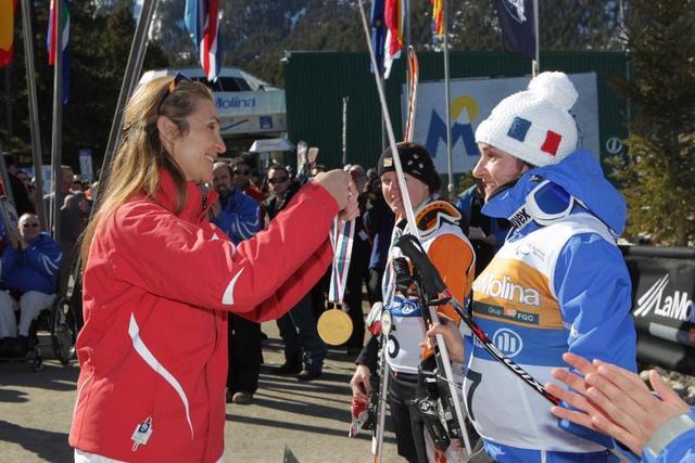 Elena au ski