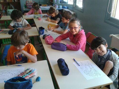 Les étudiants de Polytech dans la classe de CE1/CE2