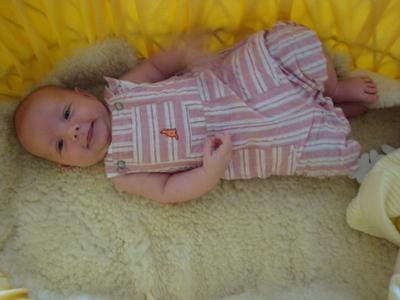 Blog de melimelodesptitsblanpain :Méli Mélo des p'tits Blanpain!, Peau de mouton ou peau d'agneau pour bébé!