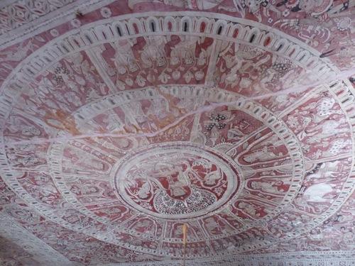 grottes de Po Win Daung; d'autres fresques peintes;