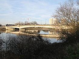 260px-Nantes pont wbrandt-20080208-01