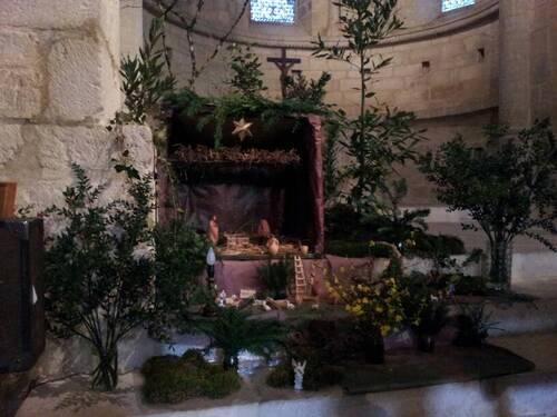 Crèche dans l'église des Arques