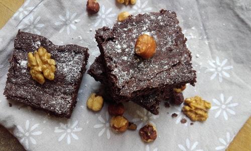 Brownies ultra gourmand aux Noisettes (ou ce que vous voulez en fait^^) {Vegan}