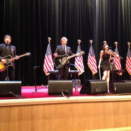 jon bon jovi à la soirée de charité du 4 juin avec obama et clinton