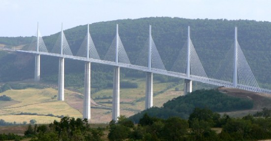 Le Viaduc de Millau !!