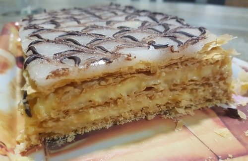 Mille feuilles.