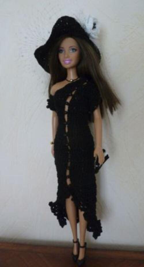 Barbie  modèle Calvine...