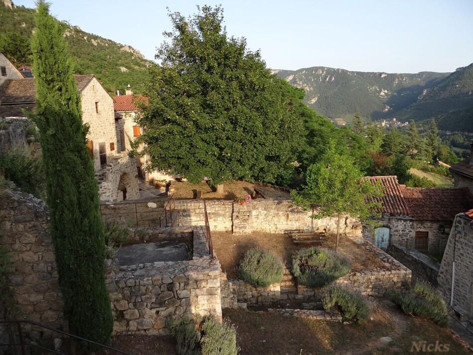 Liaucous ,Mostuéjouls ,Aveyron,