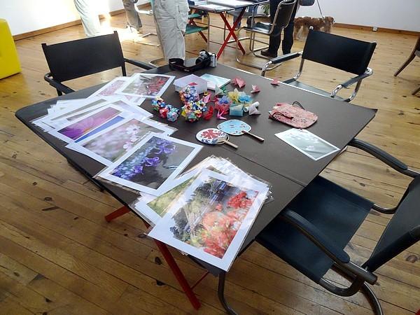 Annie Chazottes expose dans son atelier de Planay, en compagnie de Keiko Yamaoka, une photographe japonaise