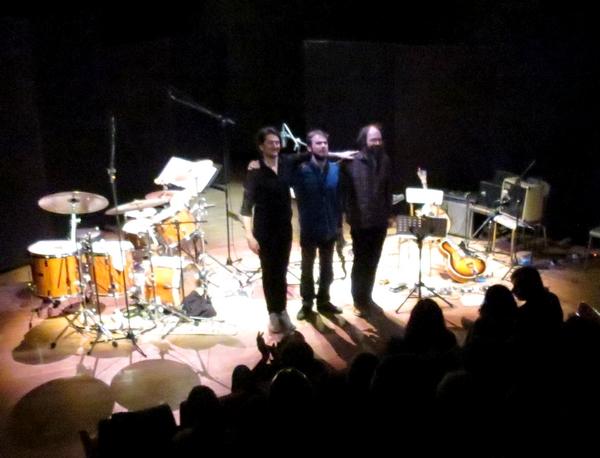 UNS en concert salle kiki de Montparnasse, avec un enfant du pays, Antoine Viard, a régalé les amateurs de jazz moderne  !