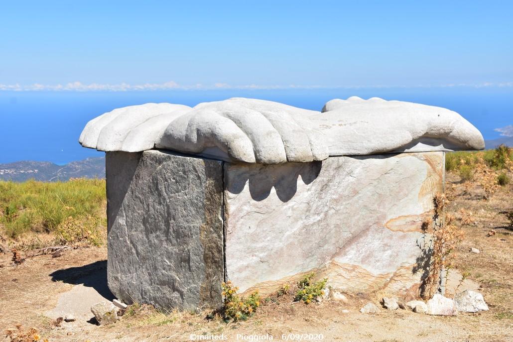 Sculpture de la paix - Pioggiola - Corse