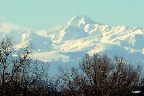 Les Pyrénées à l'horizon ...