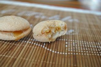 Macarons au caramel beurre salé