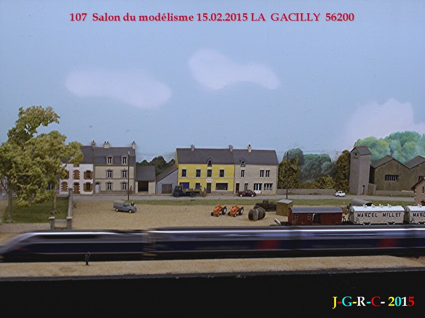 ANIMATION  LA GACILLY  56200    SALON DU MODELISME  11/06/2015