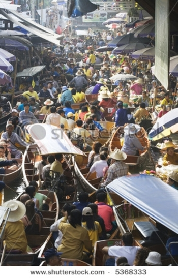stock-photo-crowded-traditional-thai-floating-market-near-bangkok-thailand-5368333