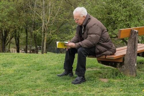 """La réforme des pensions en Begique : voici comment le gouvernement nous """"retraite"""""""
