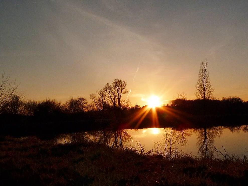 coucher-soleil-lac.jpg