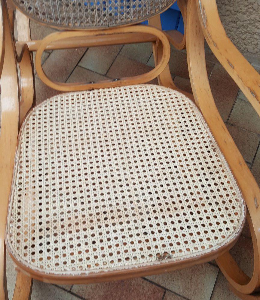 Réparation de mon rocking-chair en rotin...