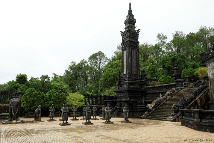 Tombeau de Khải Định, Huê