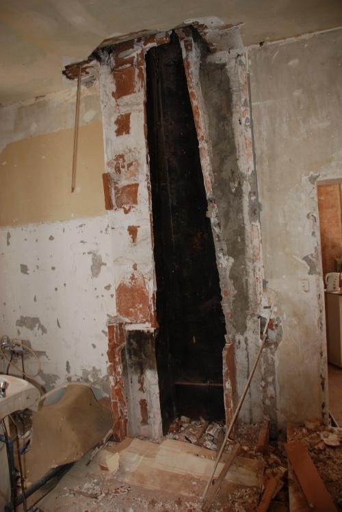 Conduit de cheminée du voisin après démontage