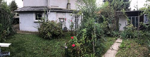 Un pavillon de banlieue dans la région parisienne