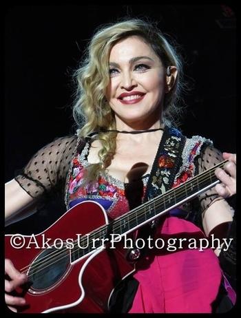 Rebel Heart Tour - 2015 12 09 Paris (77)