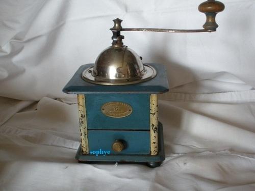 moulin laqué cellulosique bleu