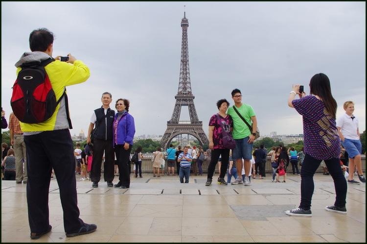 Les touristes [2]