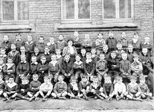 Les enseignants du pensionnat Saint-Pierre en 1910