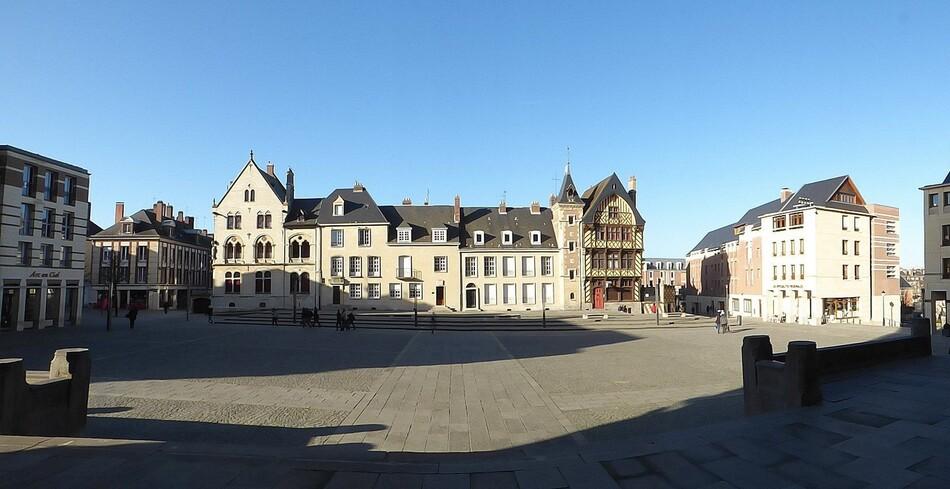 Le Parvis de la Grande Dame d'Amiens