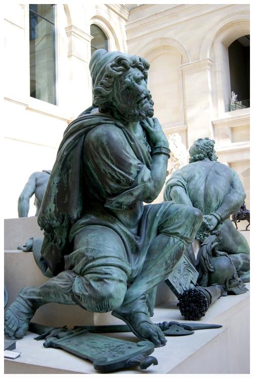 Musée du Louvre Quatre captifs
