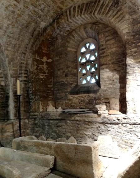 La crypte de la cathédrale Saint Bénigne de Dijon
