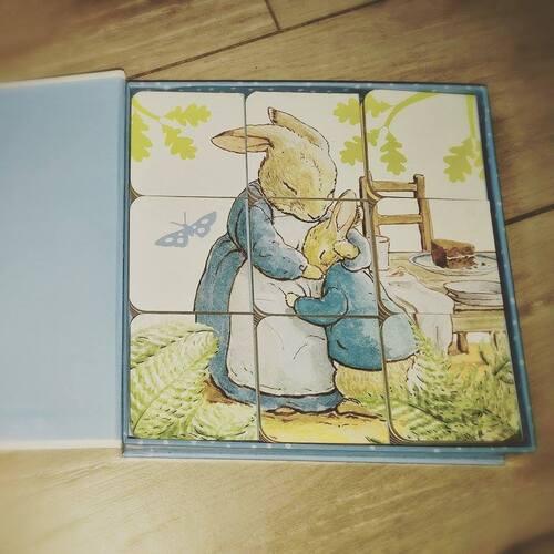 Ses premiers living books : Pierre Lapin