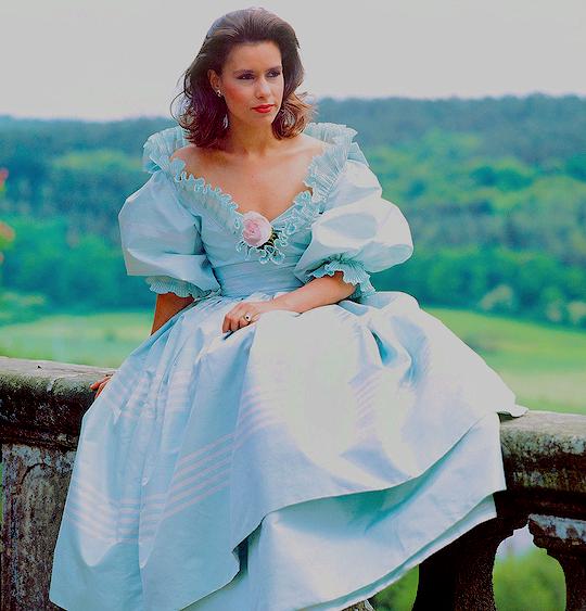 Bonjour....    magnifique Maria-Theresa du Luxembourg