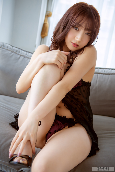WEB Gravure : ( [Graphis] -   LIMITED EDITION   Anna Kami/加美杏奈 : Valentine Special )