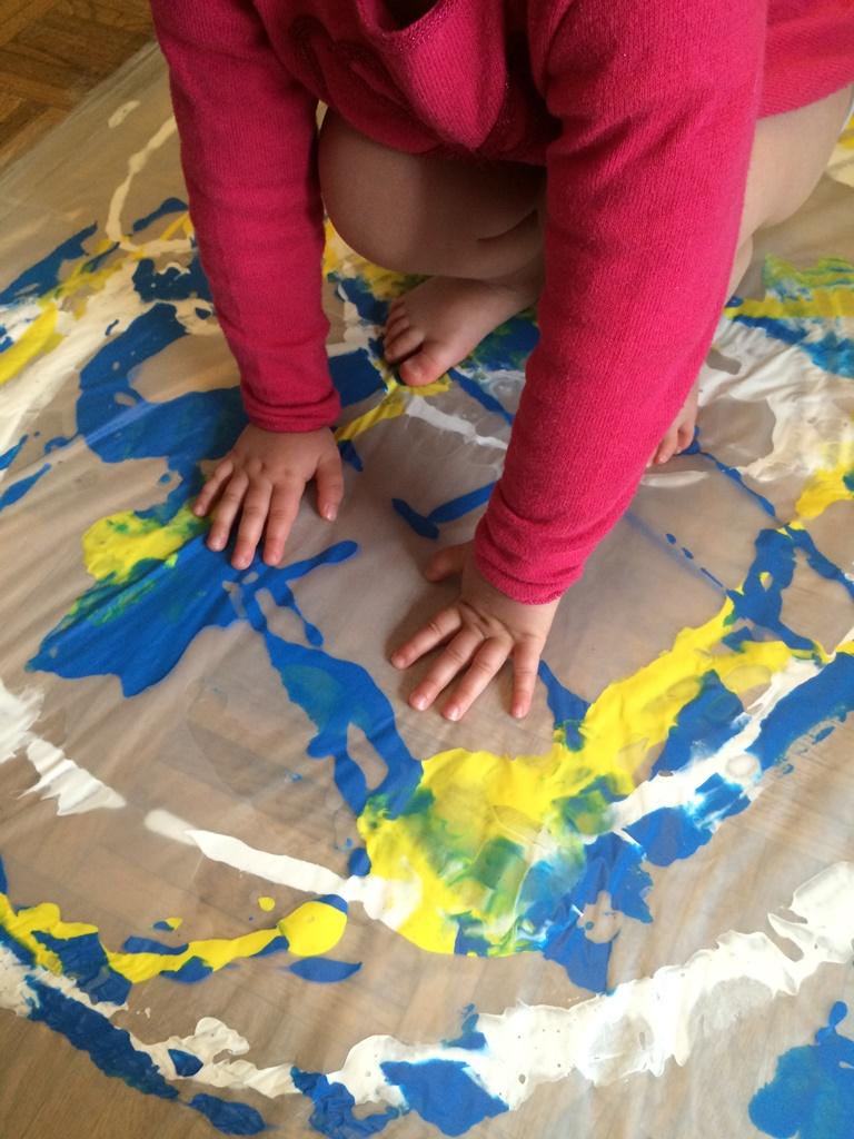 Peinture Propre Géante Au Sol Les Pious De Chatou Assistante