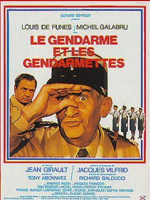 _gendarme_et_les_gendarmettes.jpg