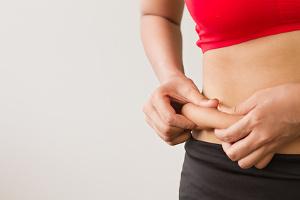 Un dérèglement hormonal en cause dans l'excès de graisse abdominale chez la femme