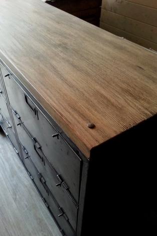 mobilier industriel acier et bois o'range Metalic Meuble a clapets 3