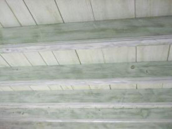 comment donner a vos poutres et plafonds un new look With peindre des poutres au plafond 7 eclaircir poutres et lambris deco faire du neuf