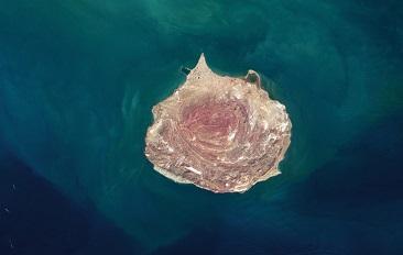 L'île arc-en-ciel ...