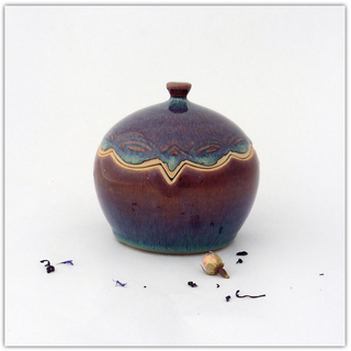 Boîte en grès brun bleuté