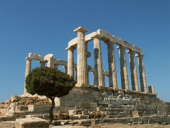 Temple De Poséidon À Sounion En Grèce...