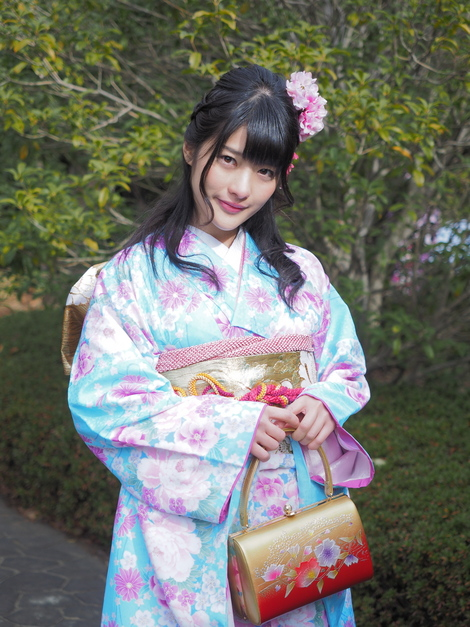 Models in Traditionnal Clothes : Erina Kamiya ( N°1 )