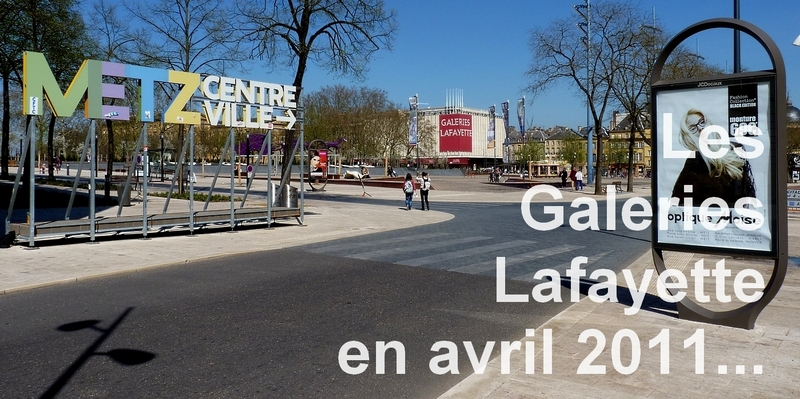 Metz / Un auvent plissé pour les Galeries Lafayette...