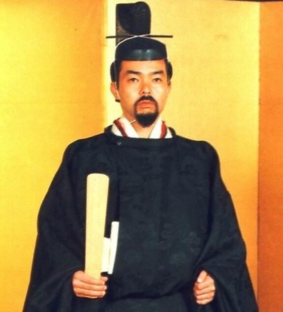 le prince Tomohito de Mika