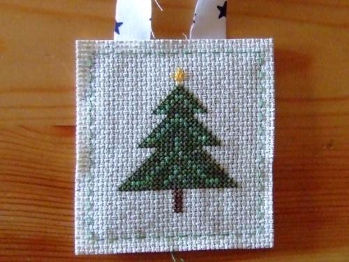 free gratuit-  Etiquette de  Noël et  mise à l'honneur.